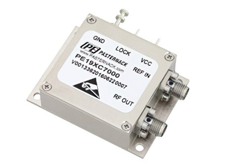 500 MHz Phase Locked Oscillator, 10 MHz External Ref., Phase Noise -110 dBc/Hz, SMA