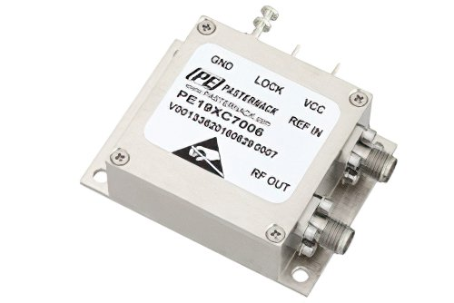 Surface Mount (SMT) 2 GHz Phase Locked Oscillator, 10 MHz External Ref., Phase Noise -100 dBc/Hz, 0.9 inch Package