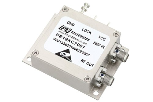 2 GHz Phase Locked Oscillator, 100 MHz External Ref., Phase Noise -110 dBc/Hz, SMA